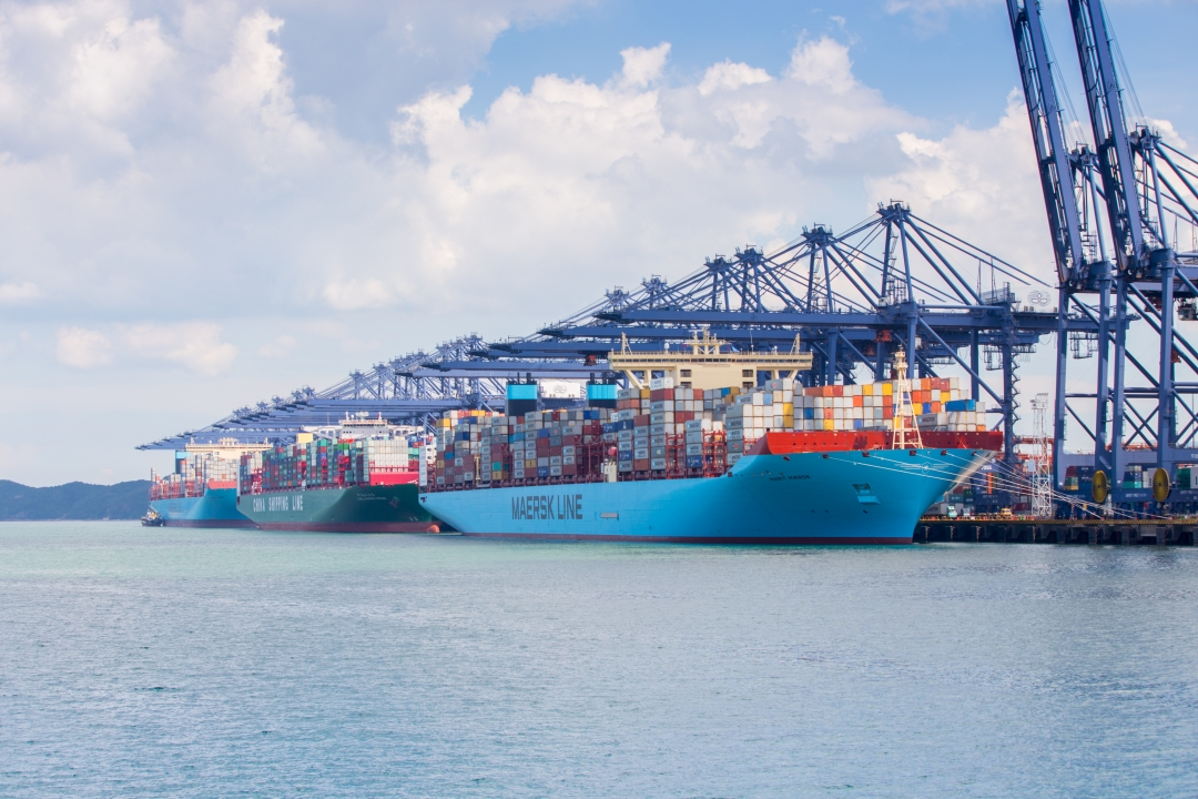 YICT Welcomes Simultaneous Call of Three 18,000-TEU-Plus Container Vessels